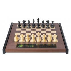 Šachový počítač Revelation II s figurami Classic se závažím