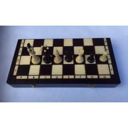 Šachy Basador v kazetě, pole 40mm